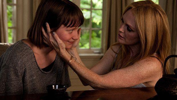 Mia Wasikowska y Julianne Moore - Maps to the stars