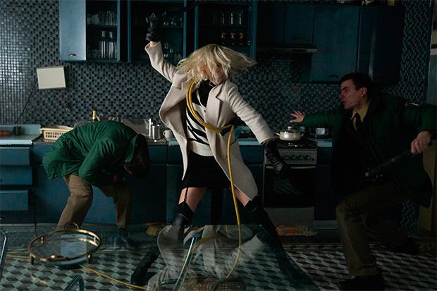 Charlize Theron en acción