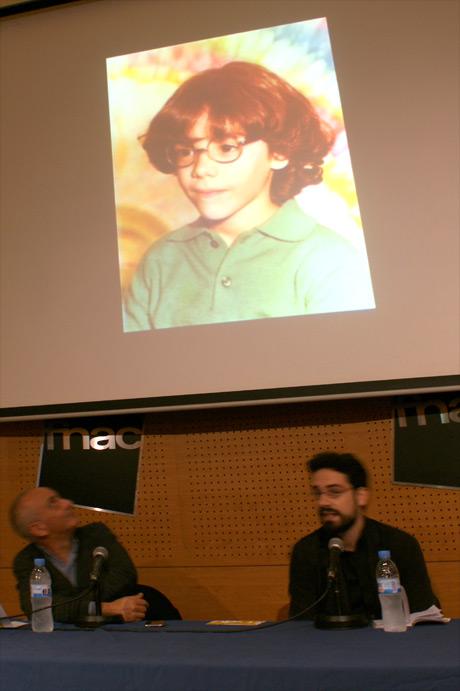 Presentación de Dinero Gratis, Carlo Padial de pequeño y en la actualidad
