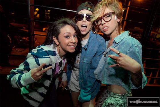 white girl mob foto
