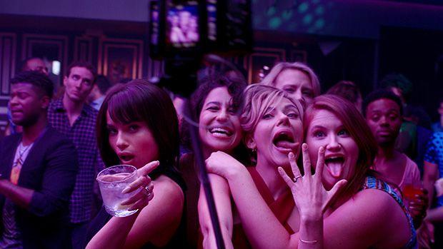 Blair (Zo' Kravitz), Frankie (Illana Grazer), Jess (Scarlett Johansson), Pippa (Kate McKinnon) y Alice (Jillian Bell)